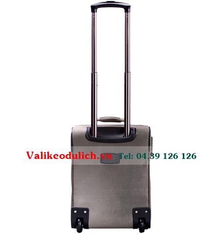 Vali-2-banh-Sakos-Pioneer-size-4-tac-4