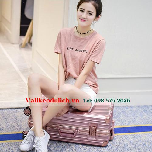 Vali-keo-nhua-khung-nhom-RS1610-12